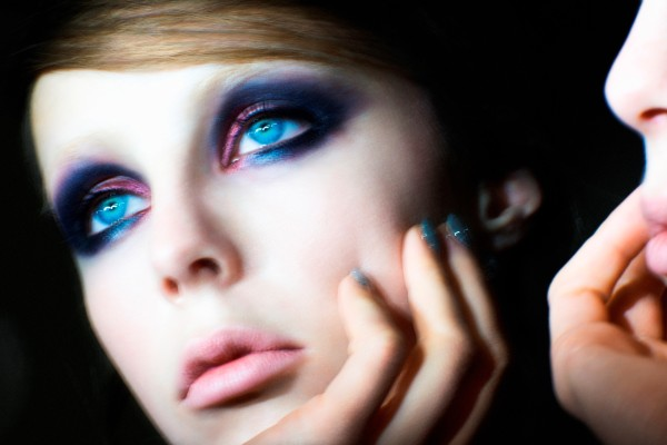 Marc Jacobs Beauty –  The Vamp – mannequin Edie Campbell – Crédit David Sims
